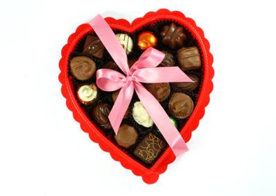 CHOCOLATES TEMPORADA 01_0003_Tono_saturación 1